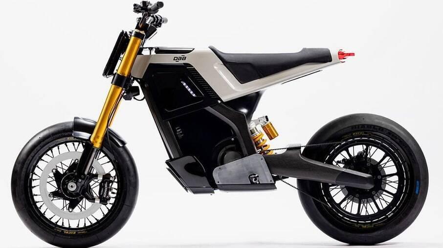 A DAB Concept-E foi projetada com componentes de chassi de fibra de carbono para ajudar a manter o peso baixo