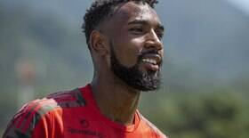 Gerson: Jesus convenceu a não abandonar o futebol