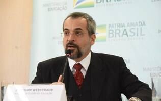Inquérito contra Weintraub recomenda MEC a cancelar nota contra os protestos