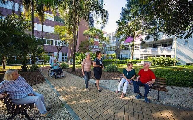 Residencial Santa Cruz é uma moradia para idosos com mais de 60 anos