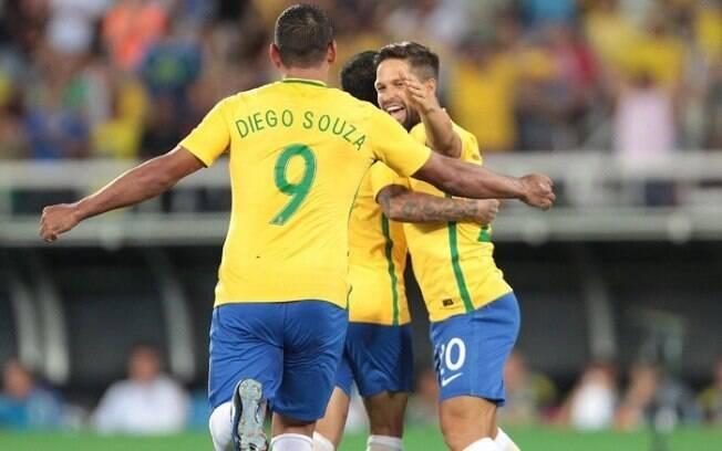 Diego Souza e Diego estão na lista dos últimos jogos da seleção brasileira no ano