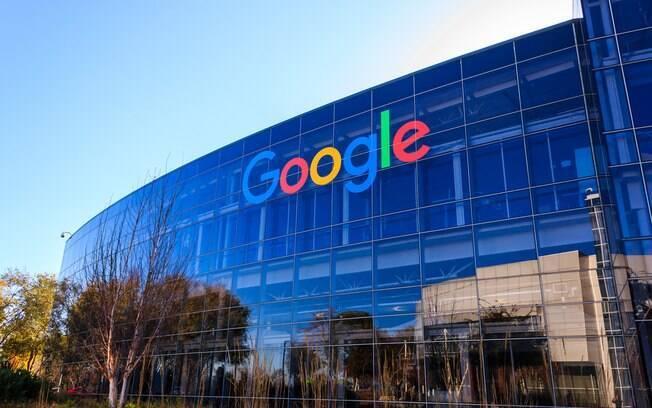 Para presidente de órgão regulador, talvez seja hora discutir crescimentos de empresas como Google e Amazon