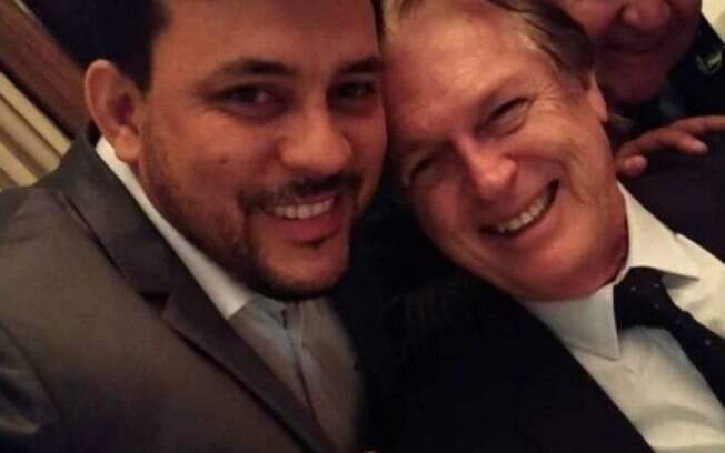 Luciano Bivar e o ex-vereador Ernandes Bob, contratante dos serviços da Colossu´s Empreendimentos