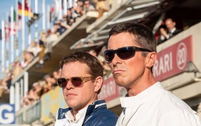 Christian Bale e Matt Damon em cena de Ford vs Ferrari