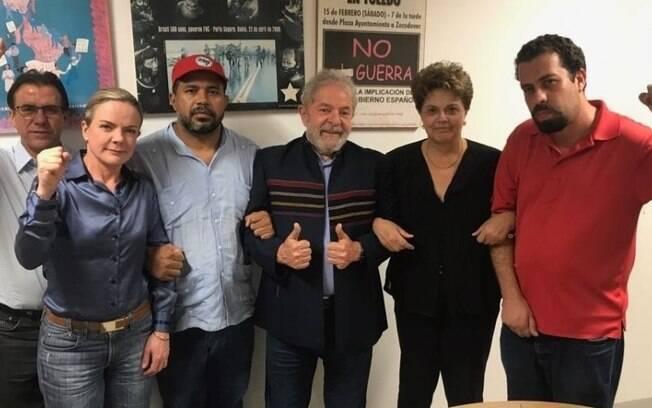 Lula se reuniu com aliados políticos na sede do Sindicato dos Metalúrgicos do ABC