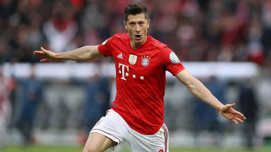 Lewandowski estará em campo nesta terça contra o Dortmund