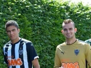 Rodolfo (à direita) será o responsável em fechar o gol contra os adversários na Copinha