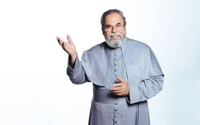 Padre Antonio Maria debuta nas tardes de sábado colado no horário de Luciano Huck