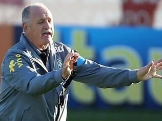 Treinador garante que seleção está se montando aos poucos para a Copa do Mundo de 2014