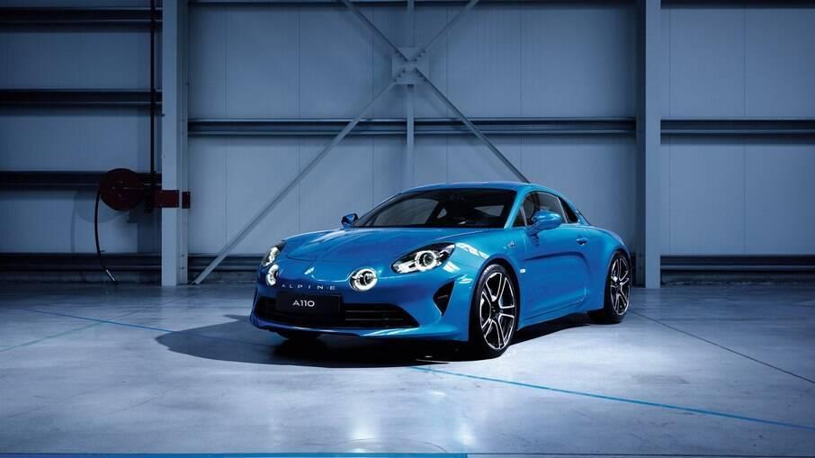 Alpine A110: esportivo atualmente vendido nas lojas europeias com motor de 250 cv para fazer de 0 a 100 km/h em 4,5 s