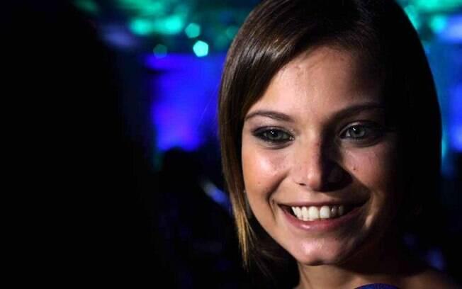 Milena Toscano falou que está solteira há um mês e meio