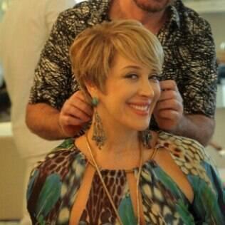 O novo look de Claudia Raia é um sucesso!