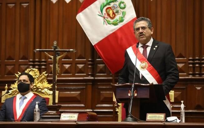 Manuel Merino renunciou no Peru
