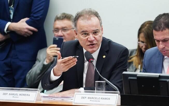 Relator da reforma da Previdência, deputado Samuel Moreira (PSDB-SP) mantém possibilidade de pensão abaixo do mínimo