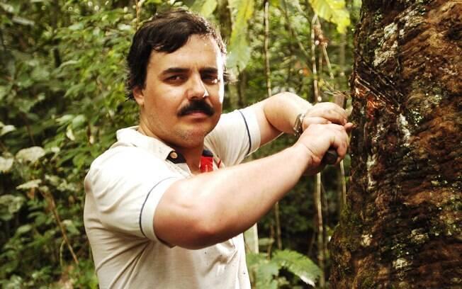 Cássio Gabus Mendes na pele de Chico Mendes em