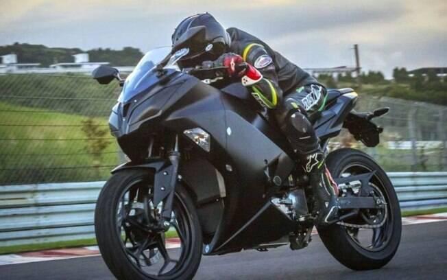 Esportiva elétrica carenada da Kawasaki é uma das primeiras de sua espécie, e o mais interessante é que não deverá custar caro