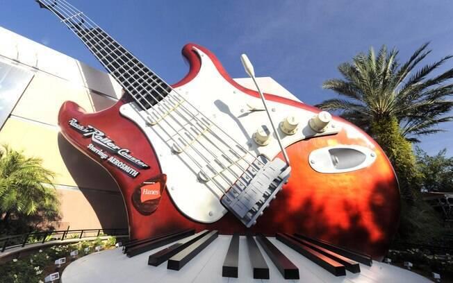 Entre as atrações da Disney, Rock 'n' Roller Coaster starring Aerosmith é recomendada para os fãs da banda