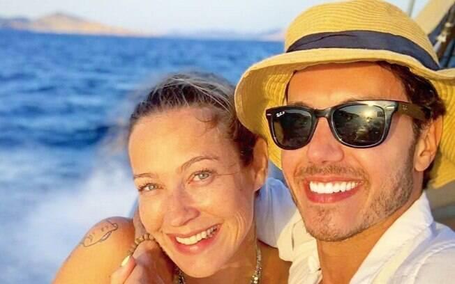 Luana Piovani e Marcel Stürmer estão curtindo férias juntos em Ibiza