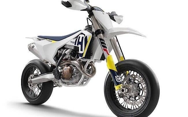 Husqvarna FS 450: Repleta de vitórias em sua história motociclística, marca sueca aplicou engenharia fina à novidade