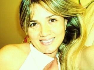 Jovem foi morta a facadas dentro de seu apartamento, no bairro Ibituruna