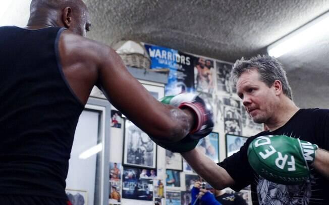 Anderson Silva treina com Freddie Roach,  melhor técnico de boxe do mundo