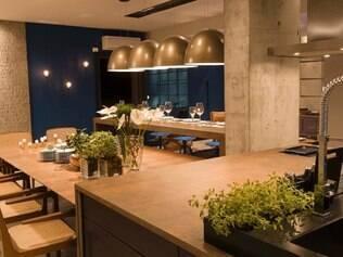 Espaço gourmet assinado pela arquiteta Juliana Pippi privilegia o conceito de integração