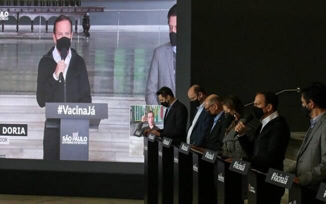 AO VIVO: Governo de SP atualiza medidas de combate à pandemia