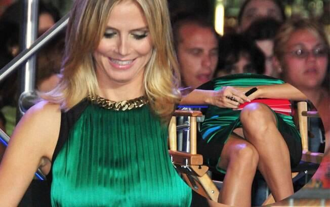 Detalhe de Heidi Klum sem calcinha!