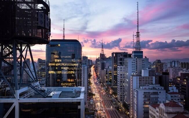 Após dias de sol e muito calor na capital, previsão do tempo para São Paulo indica tempo nublado e frio neste domingo