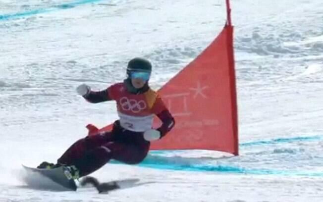 Esquilo quase colide com a austríaca Daniela Ulbing durante prova dos Jogos Olímpicos de Inverno de 2018