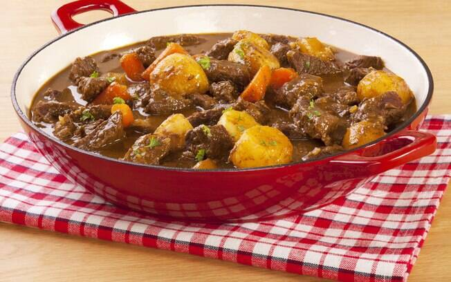 O ensopado é um dos pratos mais característicos da nossa culinária e pode ser feito com vários alimentos