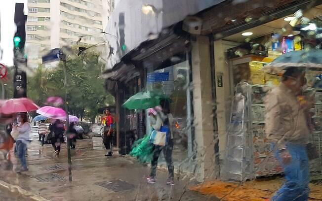 Previsão do Tempo para São Paulo indica, além de chuva, mais frio para o paulistano neste início de semana
