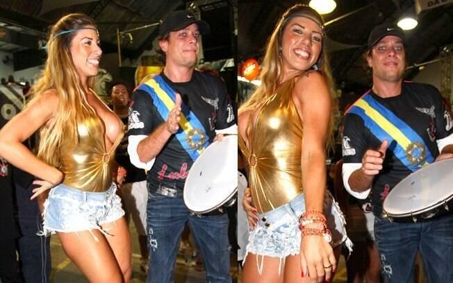 Fábio Assunção toca pandeiro ao lado da Rainha de Bateria da Gaviões da Fiel, Tati Minerato