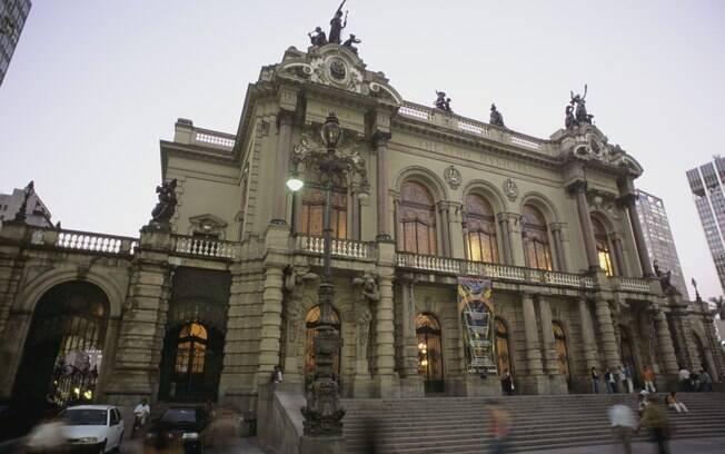 Theatro Municipal de São Paulo foi inspirado na Ópera de Paris