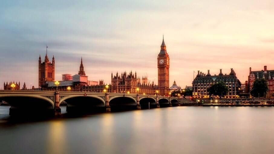 Entrada sem permissão no Reino Unido passará a ser crime