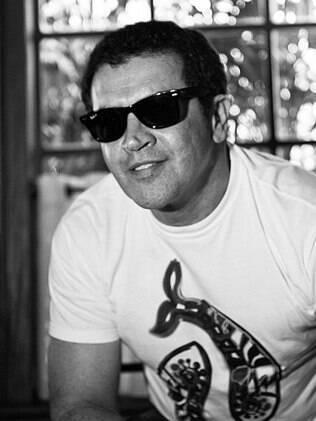 Beto Barbosa vai gravar um DVD para celebrar seus 25 anos de carreira