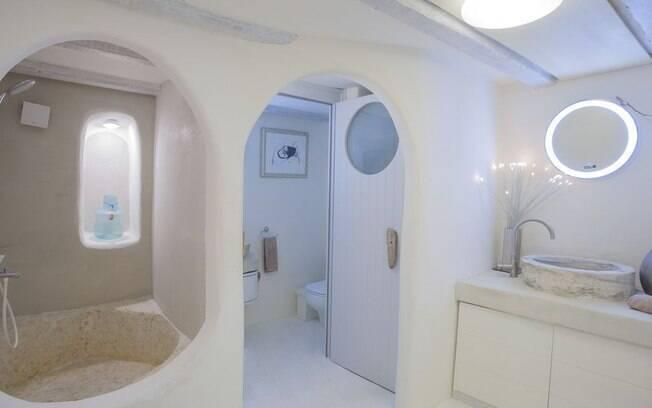 Esse é um destino internacional que possui um valor mais acessível e conta com um banheiro de luxo