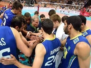Seleção brasileira vai em busca do décimo título da Liga Mundial