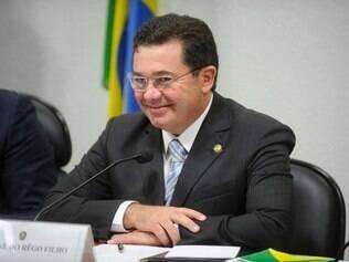 Senador Vital do Rêgo votou pela rejeição das emendas individuais que tratavam do metrô