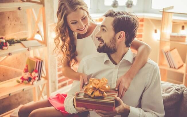 Dicas de presentes de Natal baratos para o namorado