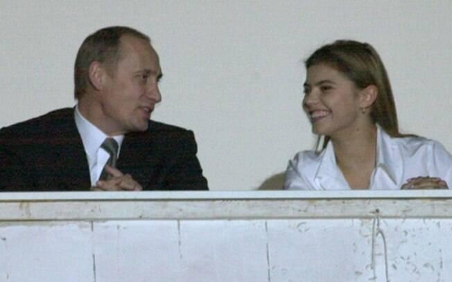 Putin ao lado de Alina Kabaeva