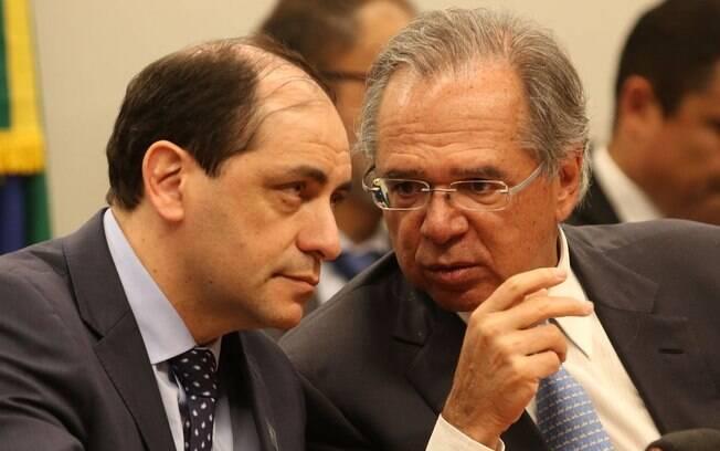 Waldery Rodrigues, secretário que teve desentendimento com Bolsonaro, e o ministro da Economia, Paulo Guedes