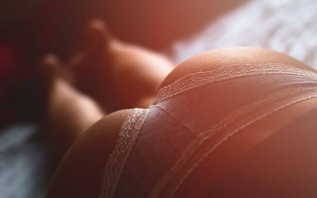 Muitas mulheres fantasiam com o sexo anal, mesmo não se permitindo experimentar a prática por vários motivos
