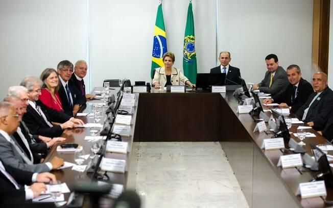 Dilma recebe representantes do Conselho Nacional de Igrejas Cristãs do Brasil, nesta quarta