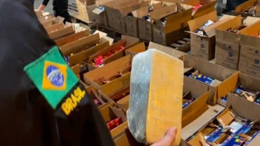 Traficantes internacionais utilizam favelas do Rio para armazenar drogas