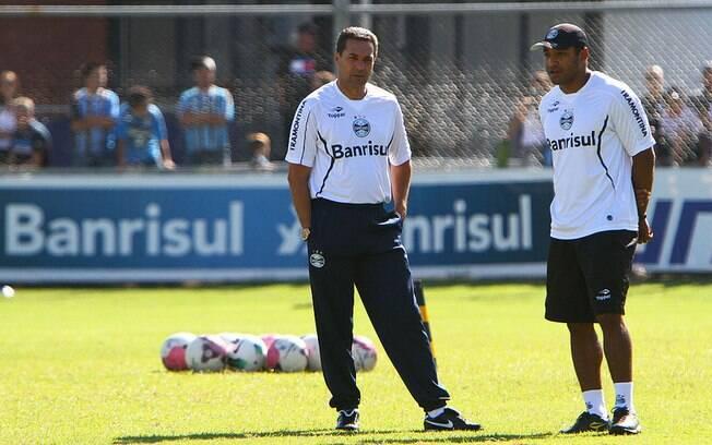 Antes da chegada ao Grêmio, Roger já estava  tentando trabalhar ao lado de Vanderlei  Luxemburgo