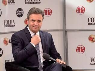 O candidato do PSDB à Presidência da República, Aécio Neves, é sabatinado nesta quarta-feira (16), em evento realizado no Teatro Folha (shopping Pátio Higienópolis), em São Paulo