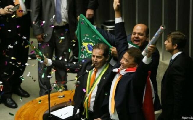Grande número de partidos gera disputas e clima