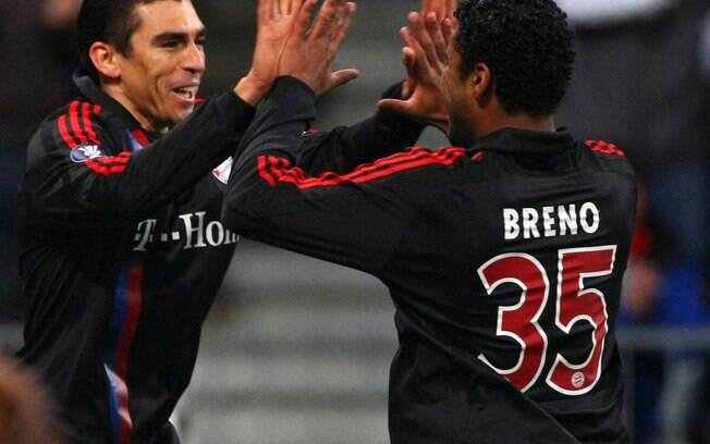 Na primeiro temporada na Europa, Breno jogou  com o brasileiro Lúcio