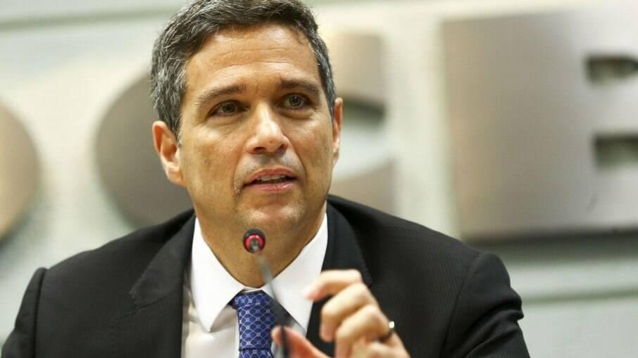 Campos Neto discorda de ajuste da meta de inflação